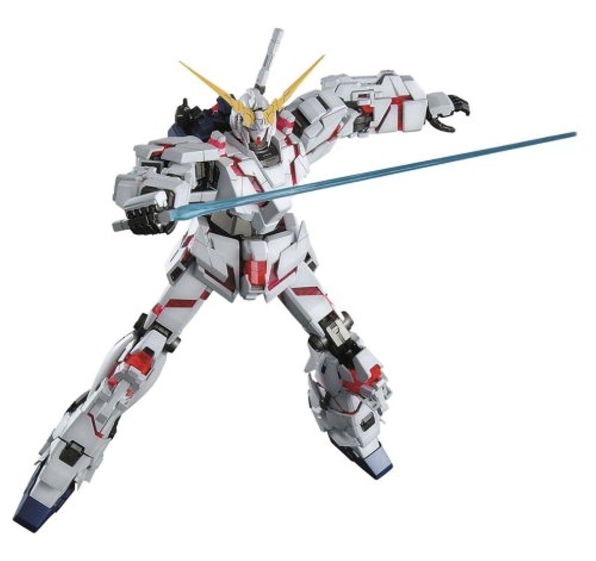 [해외] MG 1/100 RX-0 유니콘 건담 (기동 전사 건담UC)