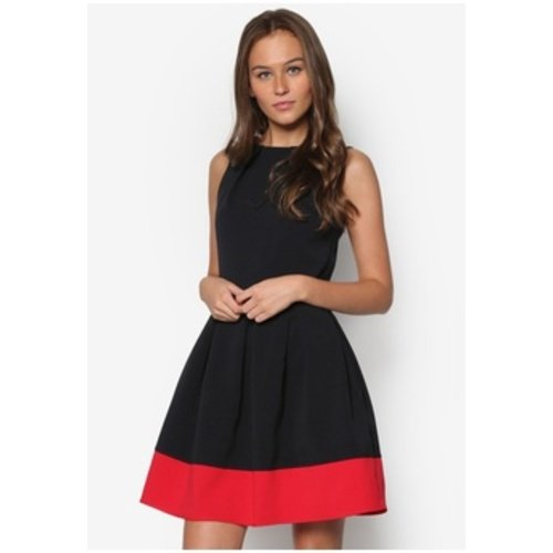 9a7a2b2820 AR Enterprise Women's Skater Dress - Black Beauty-M_Black_Medium:  Amazon.in: Clothing & Accessories