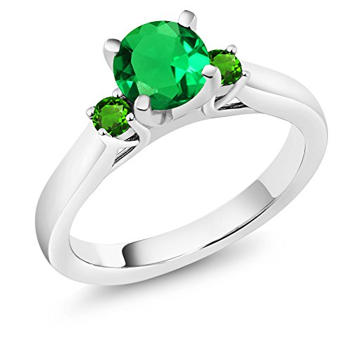 Gem Stone King 1.05Ct Green Simulated Emerald Green Simulated Tsavorite 925 Silver 3-Stone Ring (Size 9)