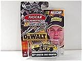 Hot Wheels 2003 Racing Nascar Champion Matt Kenseth, #17 Dewalt Nascar on Display Card