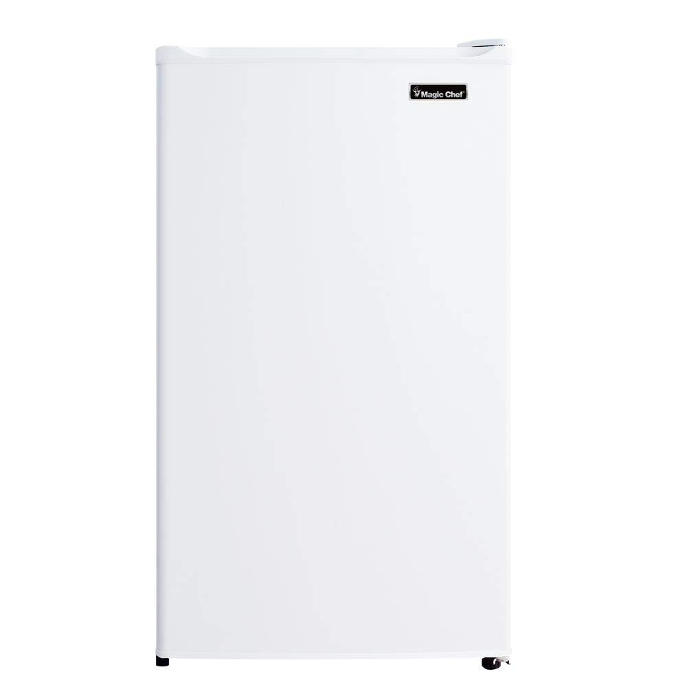 Magic Chef Refrigerator, 4.4 cubic ft, White (White, 4.4 cu. ft.)