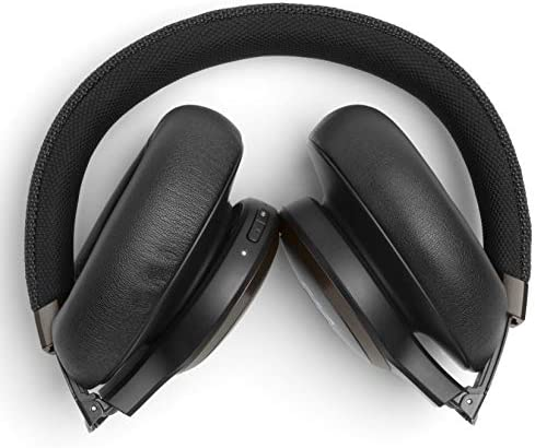 Das JBL Live 650btnc bietet guten Sound, funktionale Geräuschunterdrückung und benutzerfreundliche Funktionen zu einem recht günstigen Preis.