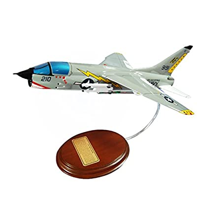 Mastercraft Collection Vought F-8 Crusader F8 Supersonic Jet Figher Aircraft Vietnam USN Navy USMC Marine Corps Model Scale:1/54