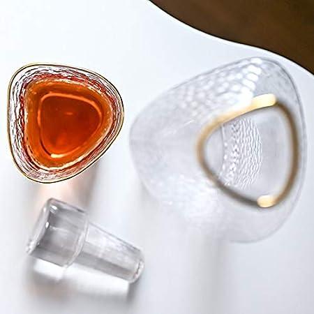 GAOXIAOMEI Juego De Decantador De Whisky Triangular, Decantador De Phnom Penh (35 Oz) Y Cuatro Vasos De Whisky (12 Oz), Juego De Regalo De Decantador De Licor para Hombres O Mujeres