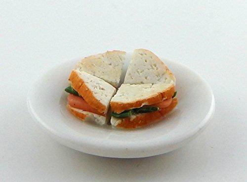 e Salmon & Cucumber Sandwich on a Plate Miniature Handmade Food 1/12 ()