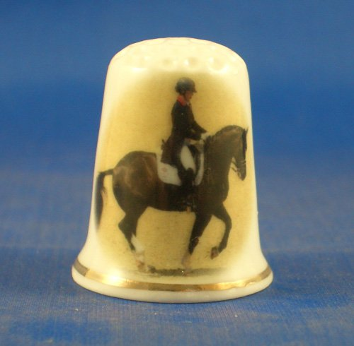 ectable Thimble - Dressage Horse - Free Gift Box (Dressage Box)
