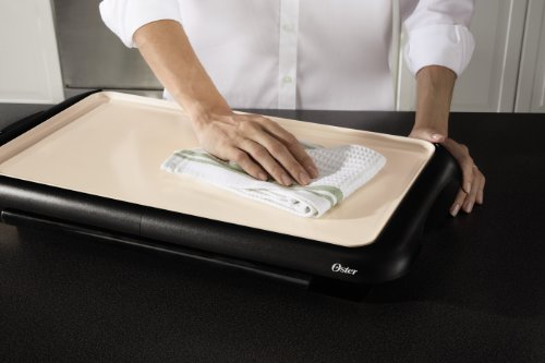 Oster Titanium Infused DuraCeramic Griddle with Warming Tray, Black/Crème (CKSTGRFM18W-TECO) by Oster (Image #7)