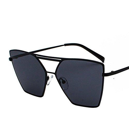 Aoligei Femmes et irrégulière carrés Street Fashion lunettes de soleil  lunettes de soleil voyagent lunettes de 11605272d41a