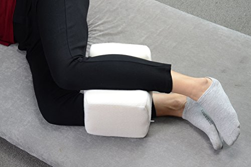 Leg Pillow, HOVERAREA Orthopedic Breathable Memory Foam Knee Pillow for Sleeping, Back / Leg Pain, Pregnancy, Hip and Joint Pain - Sciatic Nerve Pain Relief Cushion with Washable Cover