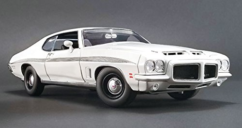 - 1972 Pontiac LeMans GTO Cameo White with Black Stripes Limited Edition to 402 pieces Worldwide 1/18 Diecast Model Car by Acme A1801211
