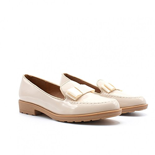 ZAPSHOP - Zapatos planos de charol con detalle de lazo para mujer beis