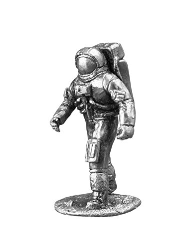 Ronin Miniatures Astronaut Neil Armstrong Historical Sculpture Spaceman UnPainted Tin Metal Collection Toy Soldier Size 1/32 Scale Décor Accents 54mm for Home Collectible Figurines Best Gift (Gi Joe Buzz Aldrin)