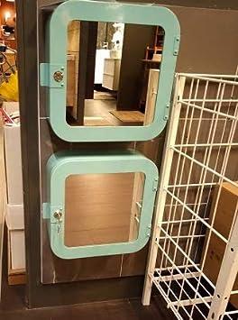 Armadio Con Chiave Ikea.Ikea Armadietto In Metallo Rinforzato Chiusura A Chiave E Abbellito Con Specchio Frontale Amazon It Casa E Cucina