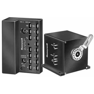 Economizer Logic Module - Honeywell Economizer Logic Module and M7415 motor - M7415A1006/U w7499-1