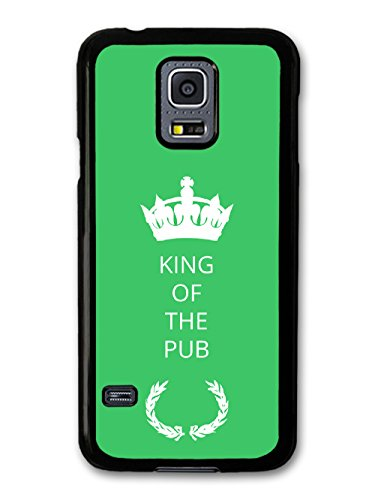 New Funny King of the Pub Gift Idea on Green Design coque pour Samsung Galaxy S5 mini
