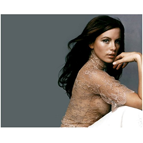 Kate Beckinsale 8 Inch x10 Inch Photograph Underworld Van Helsing Sexy All Lace Blouse Head Turned Right Grey Background kn