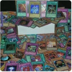 Toy / Game Cheap 500 Assorted Yugioh Trading Cards Premium Lot With Rares & Holo [Toy] - Great Variety!