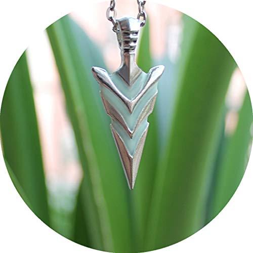 (Bergort Glowing Green Arrow Necklace Knight Spear Necklace Luminous Pike Pendants & Necklaces Women Men Festival Gift)