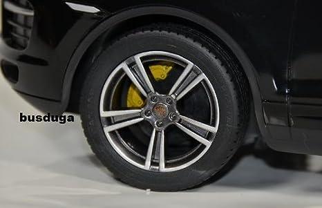 RC Porsche Cayenne Turbo - Escala.: 1: 14 - teledirigido con LED de luz - Juego completo - Color.: Negro - Licencia de réplica: Amazon.es: Juguetes y juegos