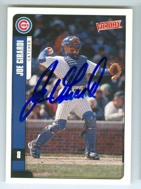 Joe Girardi autographed baseball card (Chicago Cubs) 2001 Upper Deck Victory -