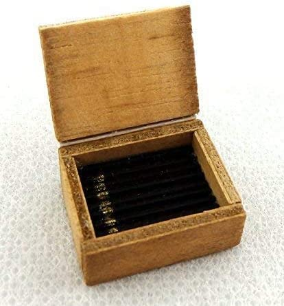 Maison de poupées boîte de cigares miniature échelle 1:12 Pub Bar den étude Accessoire