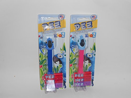 Blu and Jewel from 'Rio 2' Pez Dispensers on Blister Cards with 3 Candy Refills