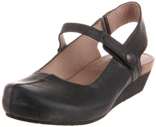 UPC 719424620281, OTBT Women's Springfield Clog,Black Leather,6.5 M US