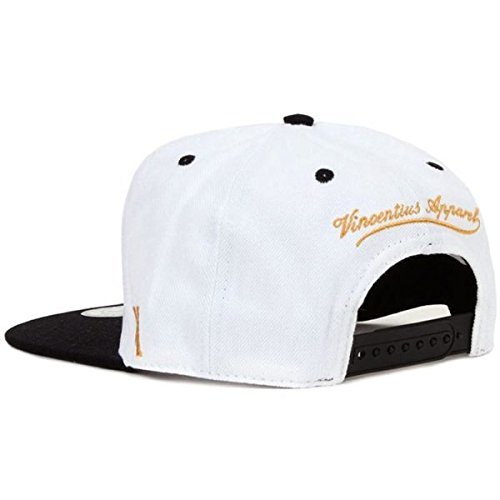 Soccer Fashion Flat Peak Baseball Style Cap with 3D Embroidery Football Team Fan Hat Madrid Home Snapback in White Perfect for Teens