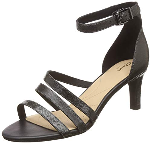 Clarks Women's Fashion Sandals