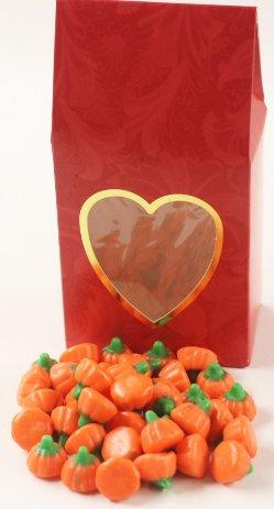 Scott's Cakes Mellocreme Pumpkins in a 8 oz. Standing Heart (Scotts Cakes Mellocreme Pumpkins)