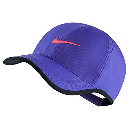Nike Feather Light Purple Cap