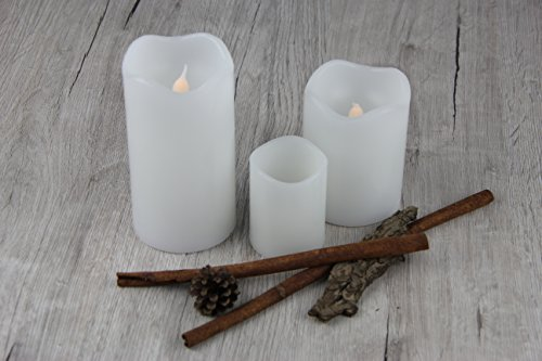 3er Set (=3 Stück) Romantisch sanft leuchtende Echtwachs - LED Kerzen in Weiß - LED Wachskerzenset mit Flackerlicht und Timer-Funktion - dekorative und stromsparende LED Technik inkl. praktischem Ein- und Ausschalter für jede einzelne LED Kerze - LED Kerze flackernd - für Innen - Bereich - aus dem KAMACA-SHOP