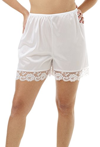 Underworks Pettipants Nylon Culotte Slip Bloomers Split Skirt 4-inch Inseam Medium-White