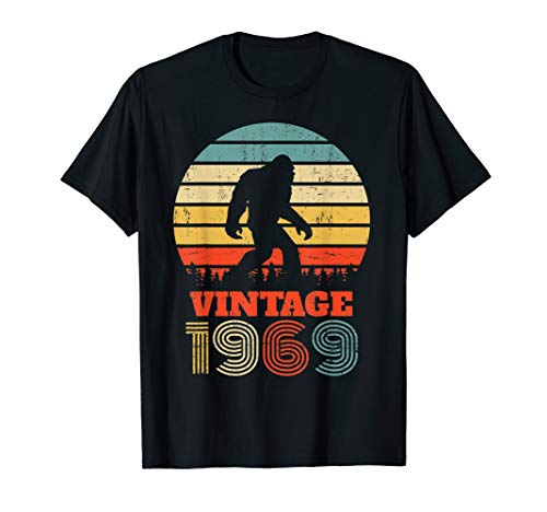 50 Years Old 1969 Vintage 50th Birthday Bigfoot T shirt (Best Looking 50 Year Old Woman)