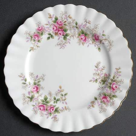 (Royal Albert Lavender Rose Bread and Butter Plate 6 3/8