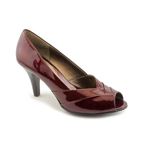 Sofft Galilee Color: Bordeaux Patent Width: Medium Womens Size: 6