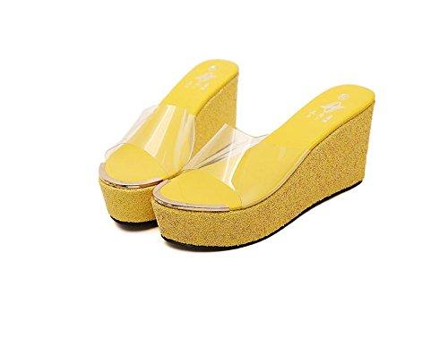 LvYuan Pantuflas del verano de las mujeres / manera ocasional de la comodidad / talón de cuña / parte inferior gruesa / plataforma impermeable / alto talón / sandalias Yellow