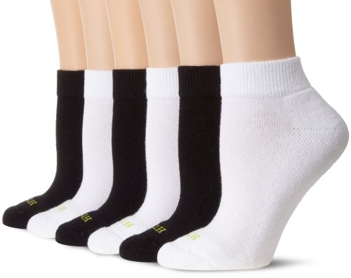 HUE Women's Quarter Top 6 Pair Pack Sport Sock (3 Black, 3 White)