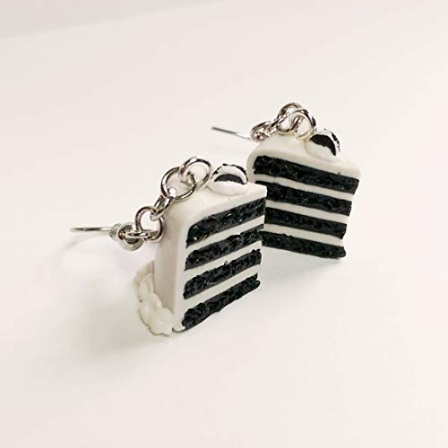 Black and White Oreos Cake Earrings Faux Food Drink Jewelry Halloween Christmas]()