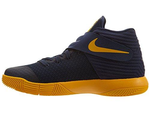 new product c9133 9314e ... Nike Grundskola Pojkar Kyrie 2 Basketskor Mitten Marin   Mid Navy  Universitets Guld-un ...