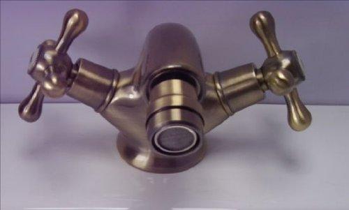 Vintage Deck Mount Bathroom Sink Faucet Double Cross Handle Control Single Hole Antique Copper (Antique Bronze) by GUMA