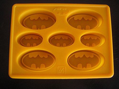 BATMAN LOGO SILICONE BIRTHDAY CAKE PAN CHOCOLATE CANDY MOLD ICE TRAY