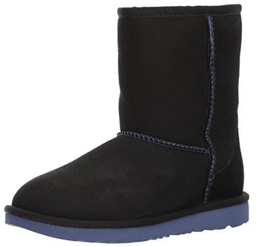 UGG Kids K Classic II Boot, Black/Nocturn, 5 M US Big -