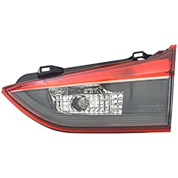 Multiple Manufacturers MA1185106N Partslink Number MA1185106 OE Replacement 2007-2009 MAZDA CX7 Bumper Reflector