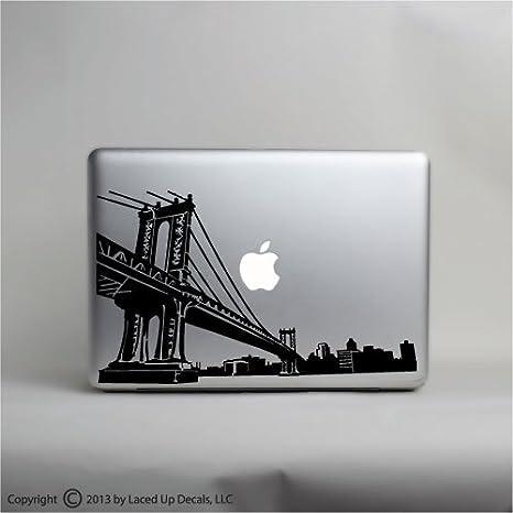 Amazon.com: Brooklyn Puente de Manhattan Skyline Laptop ...