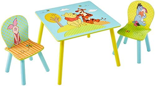 Winnie Puuh Set aus Tisch und 2 Stühlen für Kinder