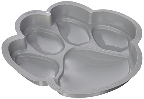 - CK Products 49-9051 Plastic Paw Print Cake Pan, White