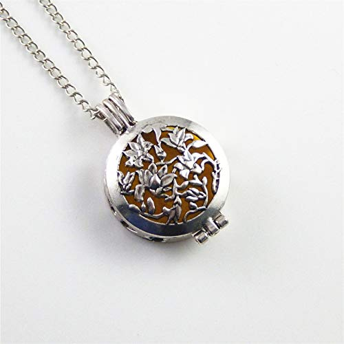 1 Piece Vintage Silver Locket Hollowed Flowers Essential Oil Diffuser Pendant (Type - with Chain)