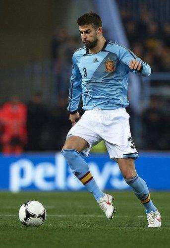 Adidas PIQUE #3 Spain Away Jersey EURO 2012 (L) ()