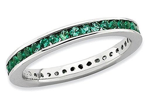Lab Created Green Emerald Band 1/2 Carat (ctw) in Polished Sterling Silver